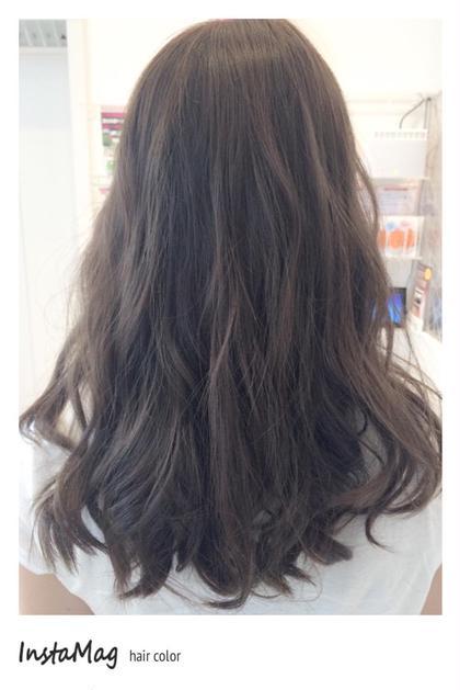 マットアッシュcolorを赤みの強い髪の毛にオン♡ 清水りさのセミロングのヘアスタイル