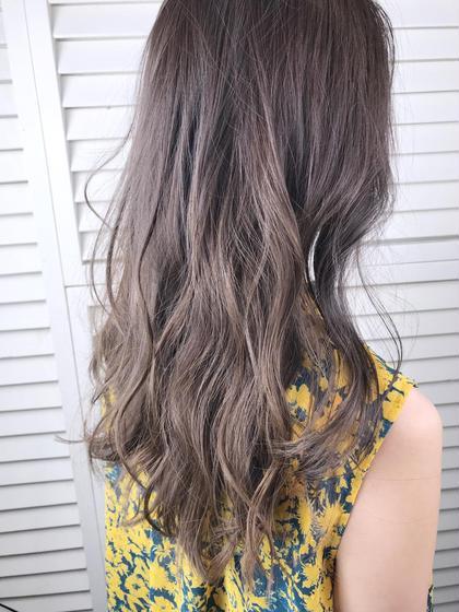 その他 カラー セミロング パーマ ヘアアレンジ Real salon work💈 【 long / hilight / royal grege 】 . ブラウンが入ったアッシュ系カラーで品の良さが出るようなグレージュ🥂 ハイライトを入れて色落ちして明るくなった髪にツヤと深みを出して大人な印象にチェンジ✔️ . ハイライト入れた後もサポートします◎ . . #NAKAIstyle #ハイライト#ロイヤルグレージュ#ロングヘア