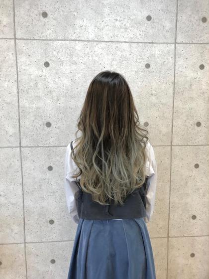 外国人風グラデーションカラー ≪学生何度でもOK≫ (部分ブリーチ付き)