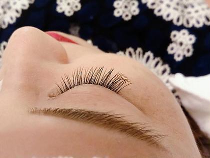 lazo eye beauty所属の吉木瞳のマツエクデザイン