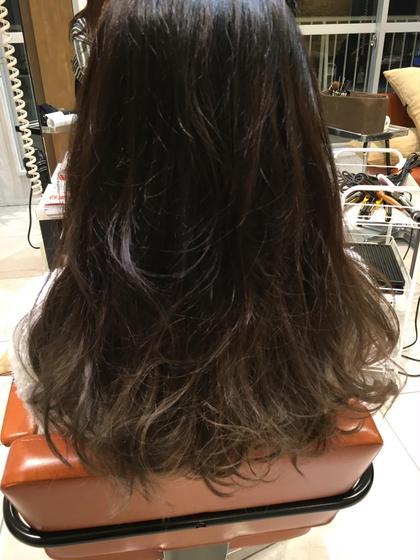 グラデーションカラー ブリーチ1回 agir hair所属・廣田由加のスタイル