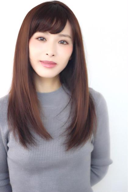 セミロング ミディアム ロング Light縮毛矯正自然なツヤとまとまりをだします❗  美容に対して 熱心に本気で臨んでおります!
