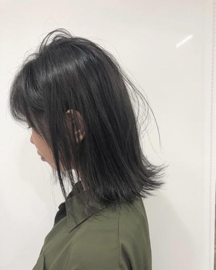 カーキアッシュ✔️✔️ 長岡諒のミディアムのヘアスタイル