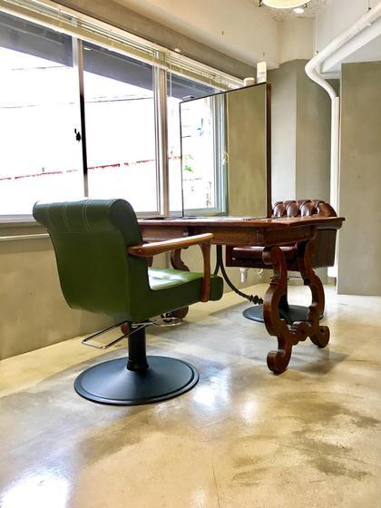 その他 広い机で、自分だけの空間を