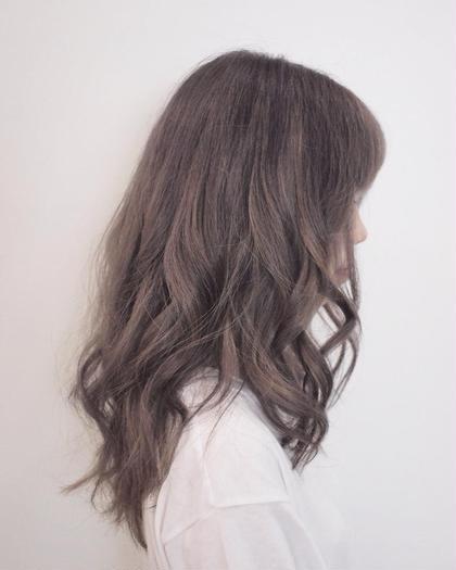 ブリーチからのグレージュカラー hair&makePOSH葛西店所属・坂上岳のスタイル
