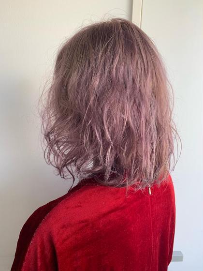 カラー ペールピンクパール ブリーチ2回必須です! ペール系のカラーは透明感がさらに増して可愛い😍