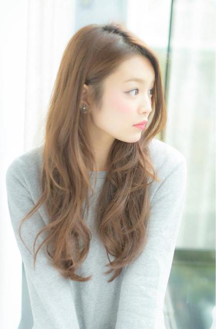 シフォンベージュ☆ ロングスタイル☆ LOUIMADNA栄店所属・NARUOKAHIDEHITOのスタイル