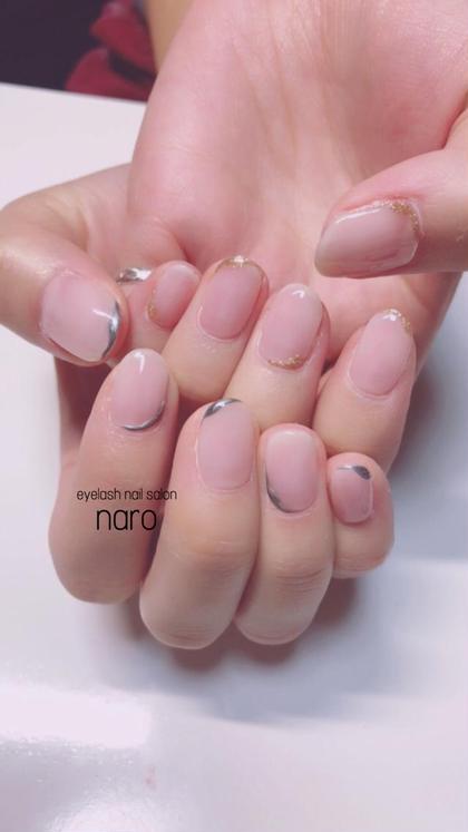 シンプルでオシャレなネイル💅 シンプルなネイルは、手が綺麗に見えます✨ naro所属・salonnaroのフォト