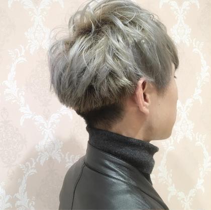 メンズスタイル! ブリーチ二階からのシルバーカラー!! hair & make earth天童店所属・渡部等のスタイル