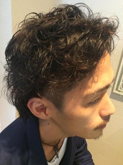 パーマ&ツーブロックスタイル☆  サイドは刈り上げ 全体的にパーマでジェル仕上げ!!   Hair&Nail Lee西宮店所属・大津加貴則のスタイル