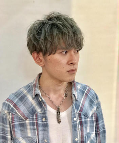 マッシュショート☆ダブルカラーでスモーキーアッシュ☆ CLOUD所属・佐々木直也のスタイル