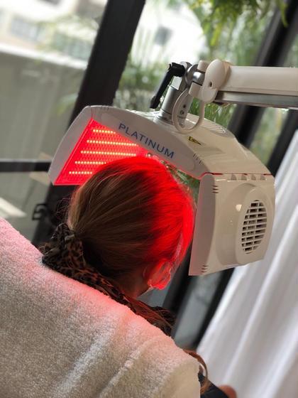 【初回限定】LEDスカルプ✨赤色LEDと高機能スカルプエッセンスによる頭皮のエステ❣️❣️【30分照射】