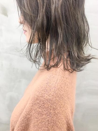 カラー ナチュラルな、明るさ。 地毛よりは明るく透け感あるヘア。 #外国人風カラー#ロブ#簡単アレンジ