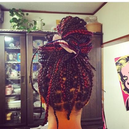 赤と黒のブレイズ少し細めのおしあげ ()inni hair design works所属・藤木真帆のスタイル