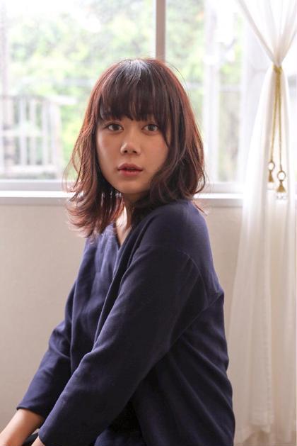 ふとした視線にドキっとさせるoggi系女子の大人ベリーピンク♪ Lillyhairsalon所属・SatouTakahiroのスタイル