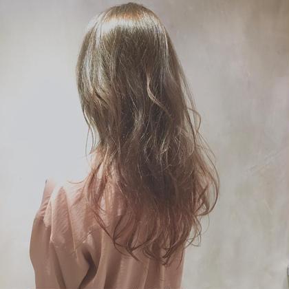カラー ロング レイヤー✖️ベージュ 柔らかい質感と透け感のナチュラルヘア