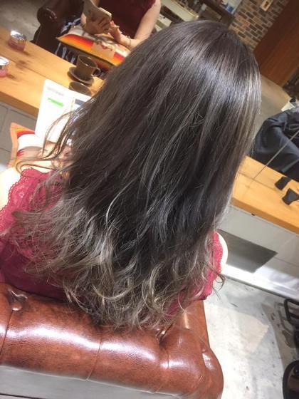 カラー セミロング 巻き髪スタイル!!!グレージュです✨