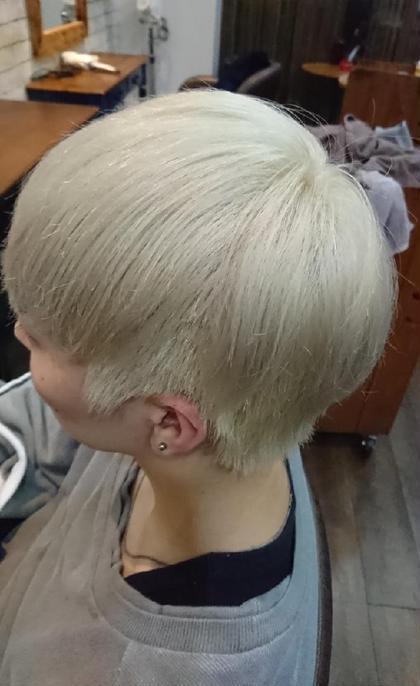 hair design PAUL所属・外国人風カラーデザイナー松本尚弥 のスタイル