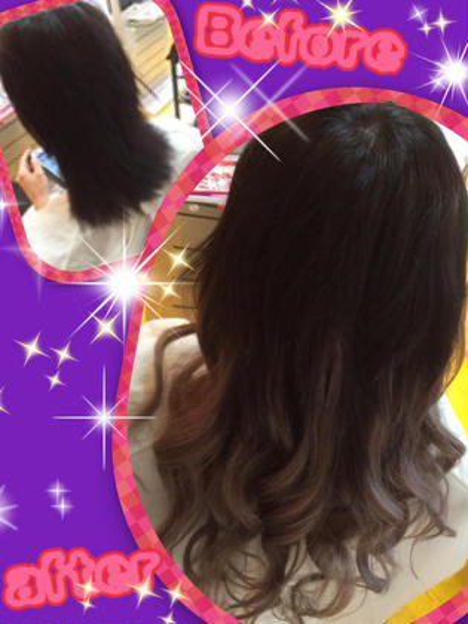 人気!抜け感グレーグラーデーション風スタイル☆彡 地毛をすく事でエクステも馴染み良くグラーデーション風なスタイルになりました(^_-)-☆ 毛先を巻いて抜け感のあるこなれた外国人風スタイルの完成です。 DuoHair心斎橋店のロングのヘアスタイル