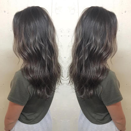 カラー ロング 退色した髪を活かしたブリーチなしグラデーション✨