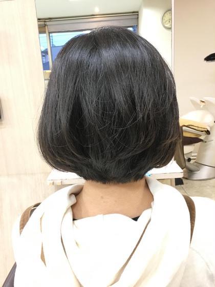 バッサリとショートボブ♪ かっこいい感じに!! allfine所属・大塚奈央のスタイル