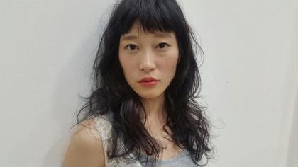 外国人風くせ毛パーマ THE ORIGIN'S SALON所属・奥村愛弓のスタイル