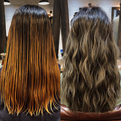 カラー ロング highlight balayage design  ✂︎ KHANH HOA 表参道  ℡0368045616 渋谷区神宮前4-14-6 101  cut ↠¥5.000 color ↠¥7.000〜 highlight design ↠¥8.000〜 balayage design ↠¥10.000〜 cut×color×treatment ↠¥10.000 cut×highlight×treatment ↠¥11.000 cut×balayage×treatment ↠¥13.000  ↠ https://www.instagram.com/_hide1989/