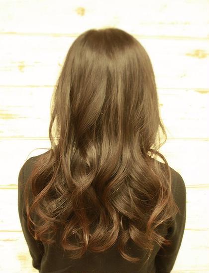 ロングヘアーで傷んだ髪でもうるツヤパーマ☆  毎日コテで巻く方! ミニムヘアーのプレミアムパーマがオススメです♪ minim  hair (ミニムヘアー)所属・日比貴大のスタイル