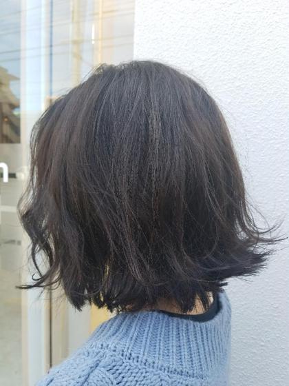 アディクシーカラーで 赤みをしっかり消し 発色をしっかりだしました! JAPAN hair新都心店所属・仲田桃子のスタイル