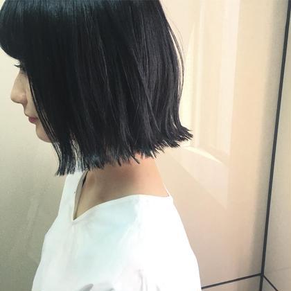 カラー ショート ブルーブラック✔️ ブリーチ毛から 黒染め、、  黒染めはかなり抜けにくいので注意です