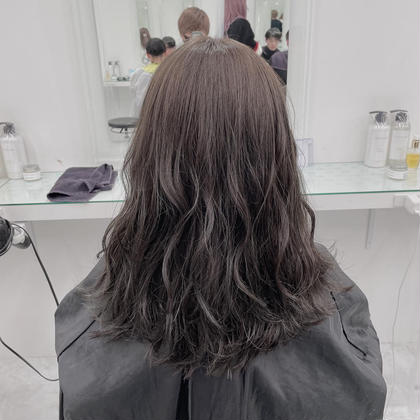 🌈暗くしたいけど黒にはしたくない!暗髪ヘア🌈暗い中にも透明感あり🌈炭酸スパ+高保湿ヒアルロン酸トリートメント🌈