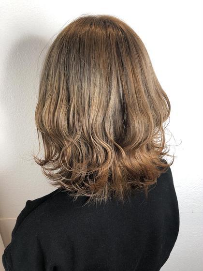honey beige 🌼 ・ ブリーチ1回必要です! (髪質によっては2回の場合もございます。)
