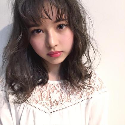 ゆるふわパーマ❤️ミディアム❤️外ハネ❤️モテヘア 表参道 美容室所属・斎藤詩歩のスタイル