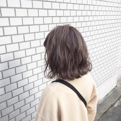切りっぱなしゆるふわウェーブ×シナモンベージュ Lee枚方店所属・武中直矢のスタイル