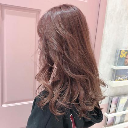 💓💓💓ピンクのカラー限定💓💓 💓ピンクカラー+ブリーチ💓 お店の壁がピンクなので、ピンク割¥7000💟