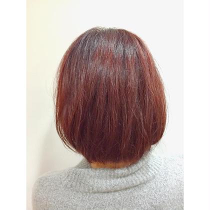 カラー ショート ✨これからのトレンドカラーの《ベリーピンク》✨  今大注目のベリーピンク略してベリピは これから流行る事間違えなし⭐️   可愛いピンクの中にワインレッドのような深みのある赤があるブリーチなしでできるカラーです❗️   最新のトレンドカラーについては 常に勉強しています!!