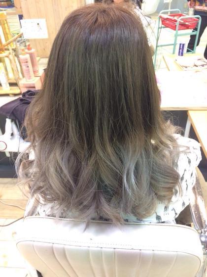 ホワイトグラデーション☆ 髪の毛をもうダメージさせたくないけど毛先で遊びたい方にオススメ♡ BECK所属・工藤未来のスタイル