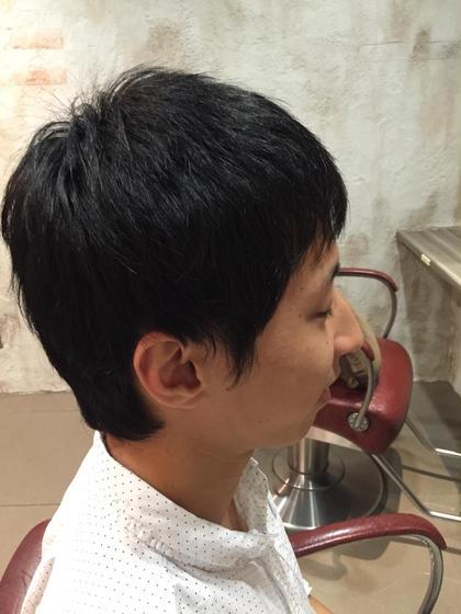 お固めなバイトもバッチリオッケーの耳だしショート♪( ´▽`) Hair resort Ai 上野店所属・富樫光のスタイル