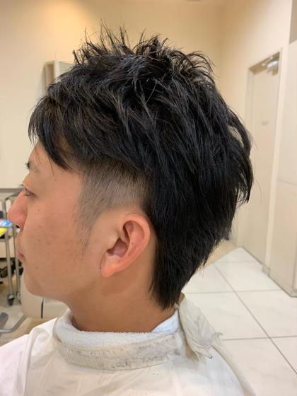 メンズ 髪の生え方に応じた長さ設定で毛流れを考慮して束感がしっかりでるようにカットしました!