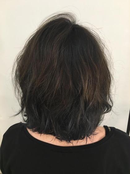 グラデーション ブルー 六本木美容室  白金店所属・内藤光哉のスタイル