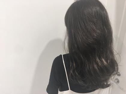 グレージュ   細かめハイライトをたくさんいれて 透明感MAXカラーです☆ allys hair aoyama所属・鈴木マリアのスタイル