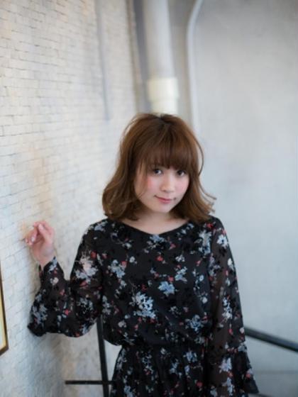 外国人風フルカラー+カット+プラチナTr¥10800→¥4200