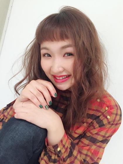 オン眉にふんわりパーマ風  trico心斎橋店所属・山川あやめのスタイル