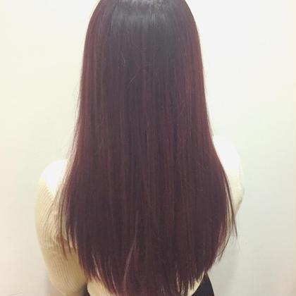 カラー ロング ✨これからのトレンドカラーの《ベリーピンク》✨  今大注目のベリーピンク略してベリピは これから流行る事間違えなし⭐️   可愛いピンクの中にワインレッドのような深みのある赤があるブリーチなしでできるカラーです❗️   最新のトレンドカラーについては 常に勉強しています!!