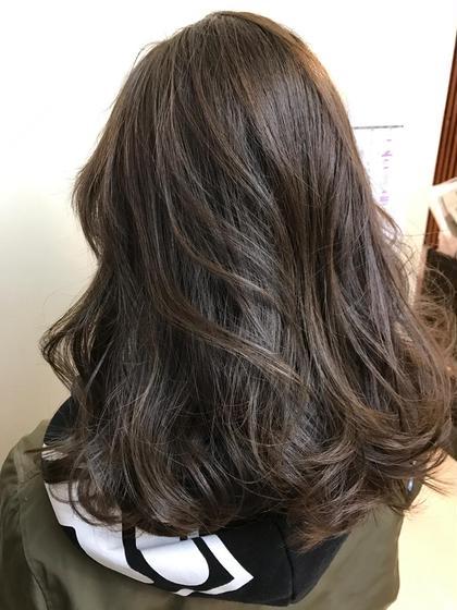 ミディアムボブスタイル 毛先重め、表面に若干のレイヤー カラーは透け感のあるイルミナカラー BLITZ  R-EVOLUT🌈エリア人気No.1サロン所属・🌈松原凌🌈ディレクター講師🌈のスタイル