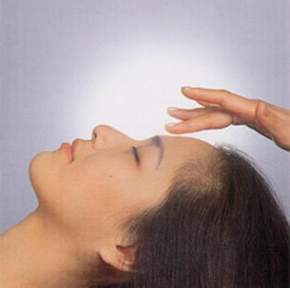 ◼️minimo限定 角質除去ケア◼️90分デコルテ込み❣️古くなった角質を除去し肌を生まれ変わらせます。