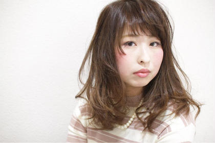 illume所属・藤枝瞳のスタイル