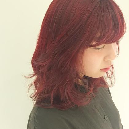 bleach × vivid red EARTH長岡店所属・河田有里紗のスタイル