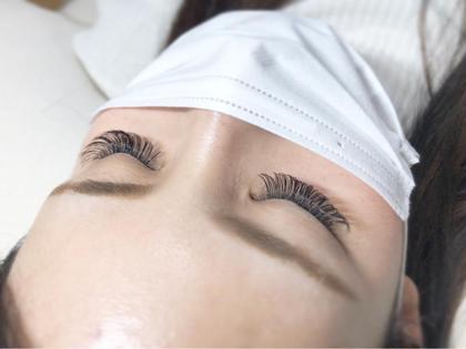 ボリュームラッシュ✨ 自まつ毛の状態に合わせて3〜6Dでつけています🌿 eyelash.Cilvieの
