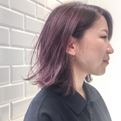 ピンクバイオレットアッシュ TONI&GUY静岡サロン所属・海野健造のスタイル